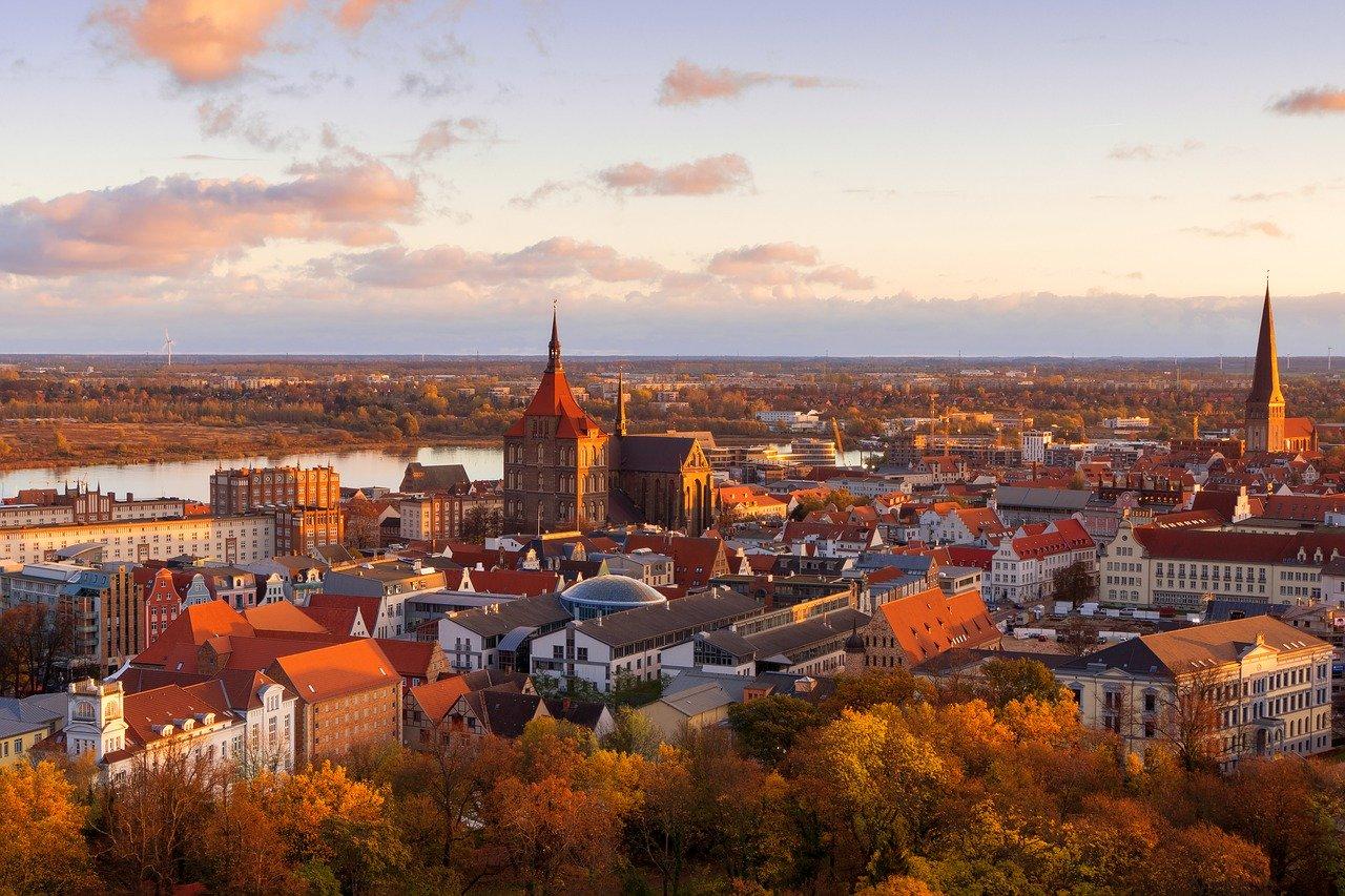 Blick von oben auf Rostock